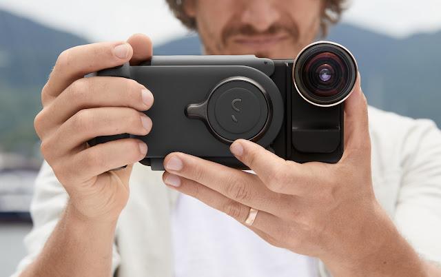 【攝影器材】手機就是專業相機,ShiftCam ProGrip 手機攝影全新體驗 - ProGrip 最核心的設計,還原相機真實握感