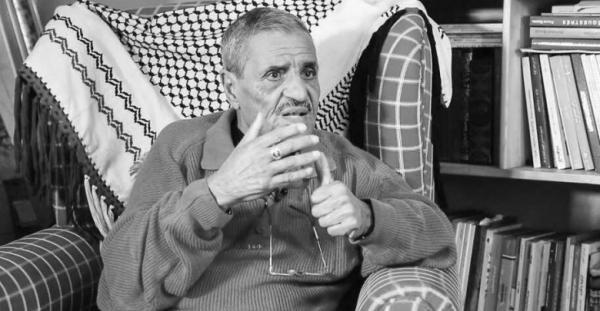"""ابن عم الملك الأمير """"هشام"""" ينعي الراحل """"خالد الجامعي"""""""