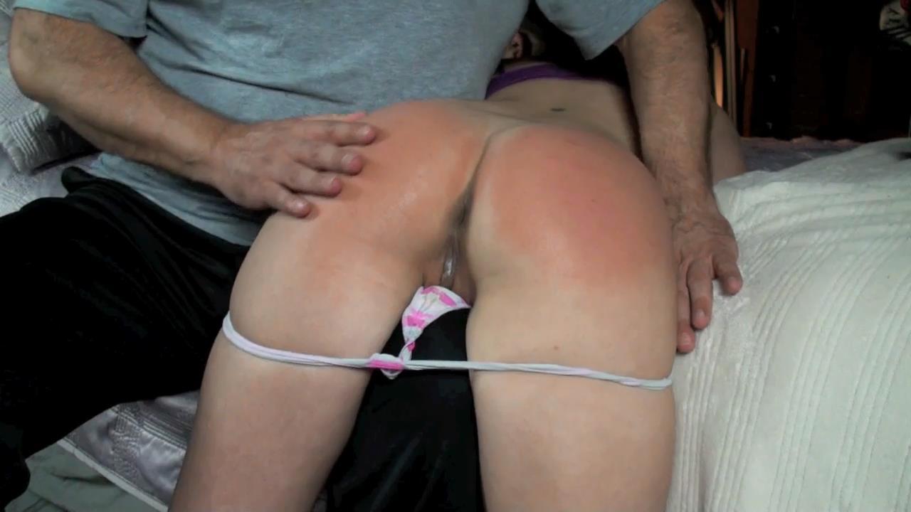 Erotic pussy spanking