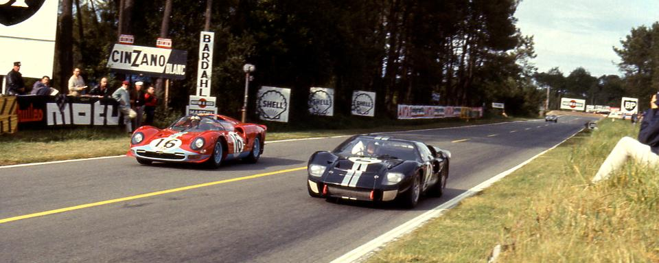 Ford vs Ferrari: Cuộc ganh đua khốc liệt nhất trong lịch sử đua xe