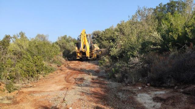 ΒΕΛΤΙΩΣΗ αγροτικής οδοποιίας εξελίσσονται στις Κοινότητες