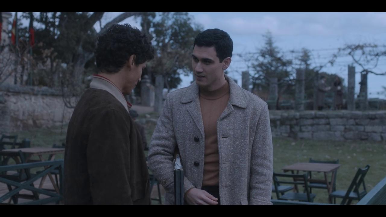 Alguien Tiene que Morir Temporada 1 HD 720p Latino (2020)