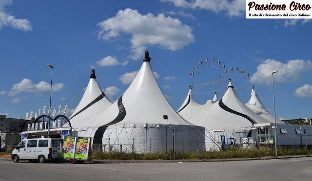 L'Universal Circus approda a Lavinio