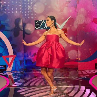 foto vestito rosa abbigliamento Bianca Guaccero Detto Fatto 7 maggio