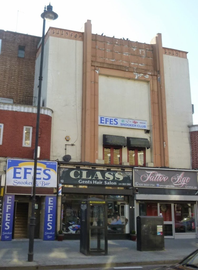 Efes Snooker Hall is housed in a nice Art Deco building on Stoke Newington Road