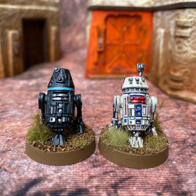 Star Wars Legion: Rebel R5 and Imperial R4 Astromech Droids