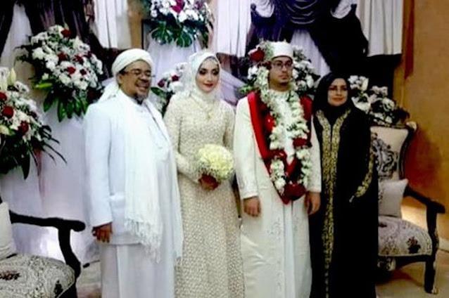 5 Momen Pernikahan Putri Habib Rizieq, Syarifah Najwa Shihab yang Dihadiri Ribuan Orang!