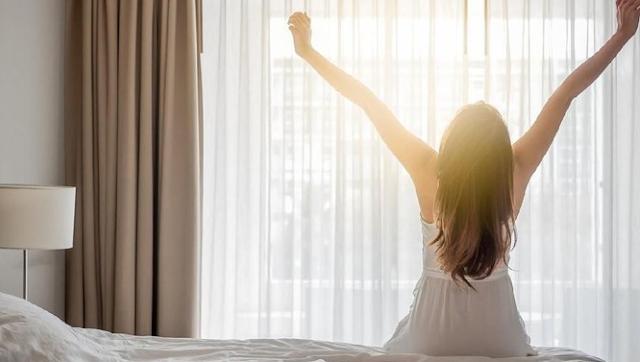 Tips Agar Bisa Tidur dan Bangun Lebih Cepat