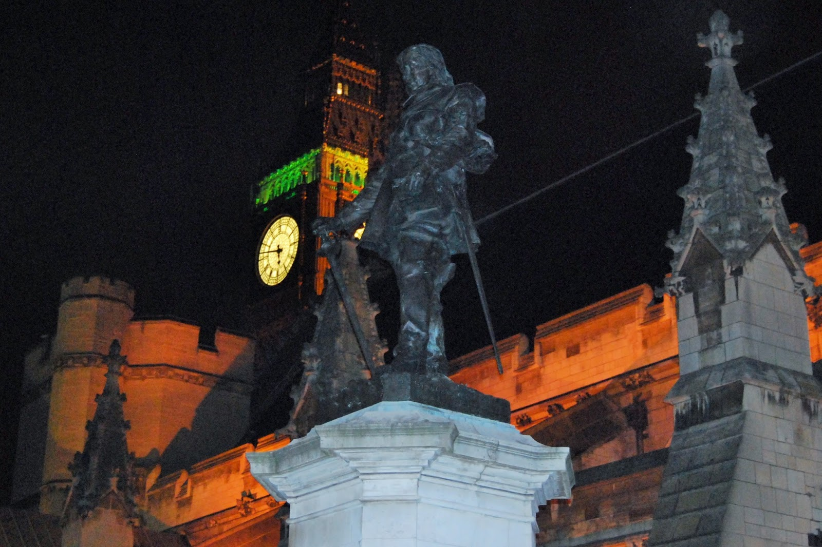 Big Ben and Oliver Cromwell, 5050Parliament, photo by Modern Bric a Brac
