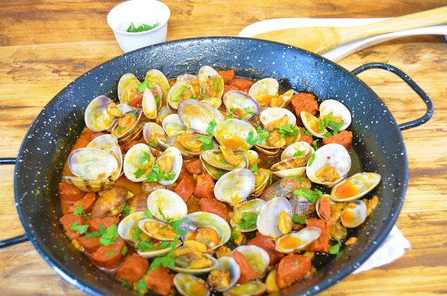 Las delicias de Mayte, recetas saludables, almejas en salsa con chorizo,recetas, recetas de almejas, almejas salteadas, almejas en salsa, almejas a la marinera, recetas de comida, almejas recetas, recetas de cocina,
