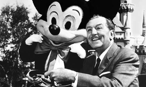 Từ người vô gia cư trở thành ông chủ thương hiệu Disney