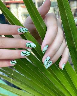 Fingernail Style