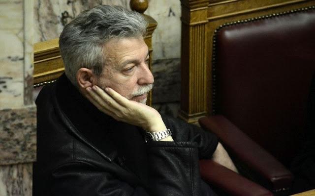 politiki-thyella-gia-ton-stayro-kontoni-tethike-ektos-syriza-me-skliri-glossa-kai-apo-tis-dyo-pleyres