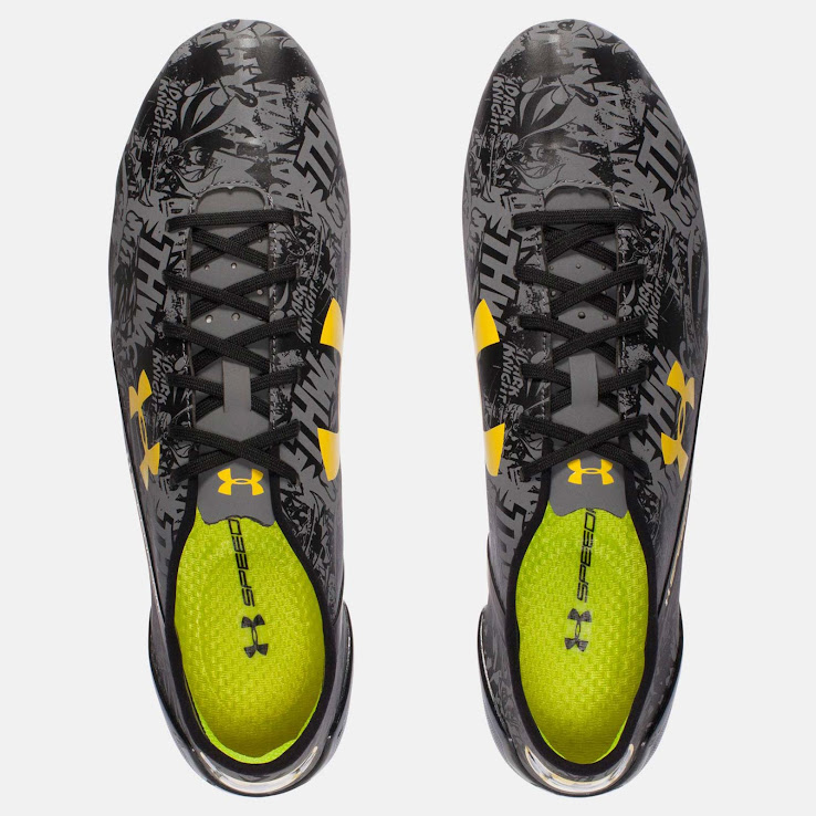 The Speedform Batman 2016 Boot comes with the same tech features as always.  The Under Armour Speedform Boots has a ultra-thin and lightweight  microfiber ... 8458096a49