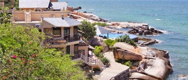 [Image: rock-water-bay-resort4.jpg]