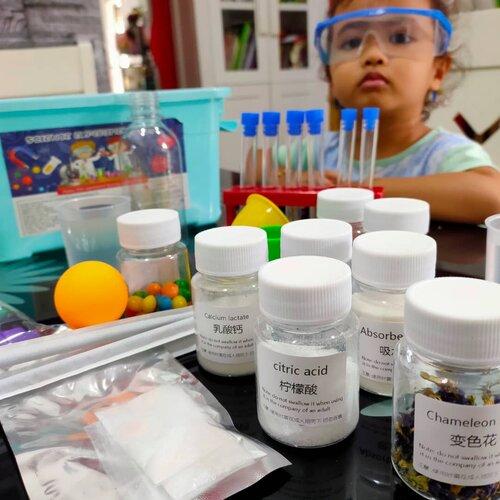 150 Eksperimen Sains Untuk Anak Tadika dalam Satu Kotak