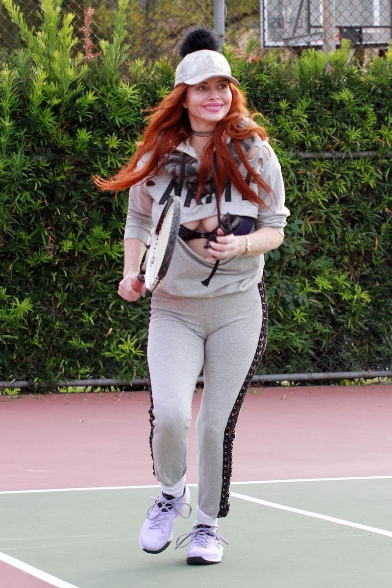 Phoebe Price Clicks at a Tennis Court in Los Angeles 8 Jan- 2021