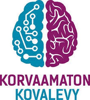Kuvassa Korvaamaton kovalevy -kampanja tunnus, jossa toisella aivopuoliskolla on tietotekniikasta kertovat johdotukset