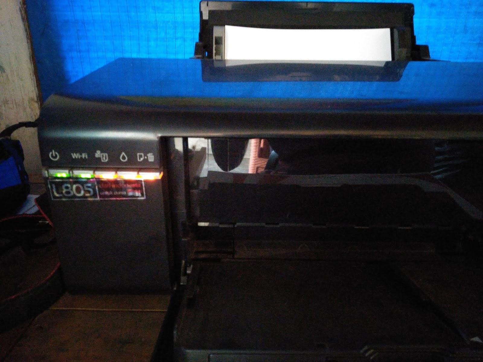 Epson L805 Printer Blinking