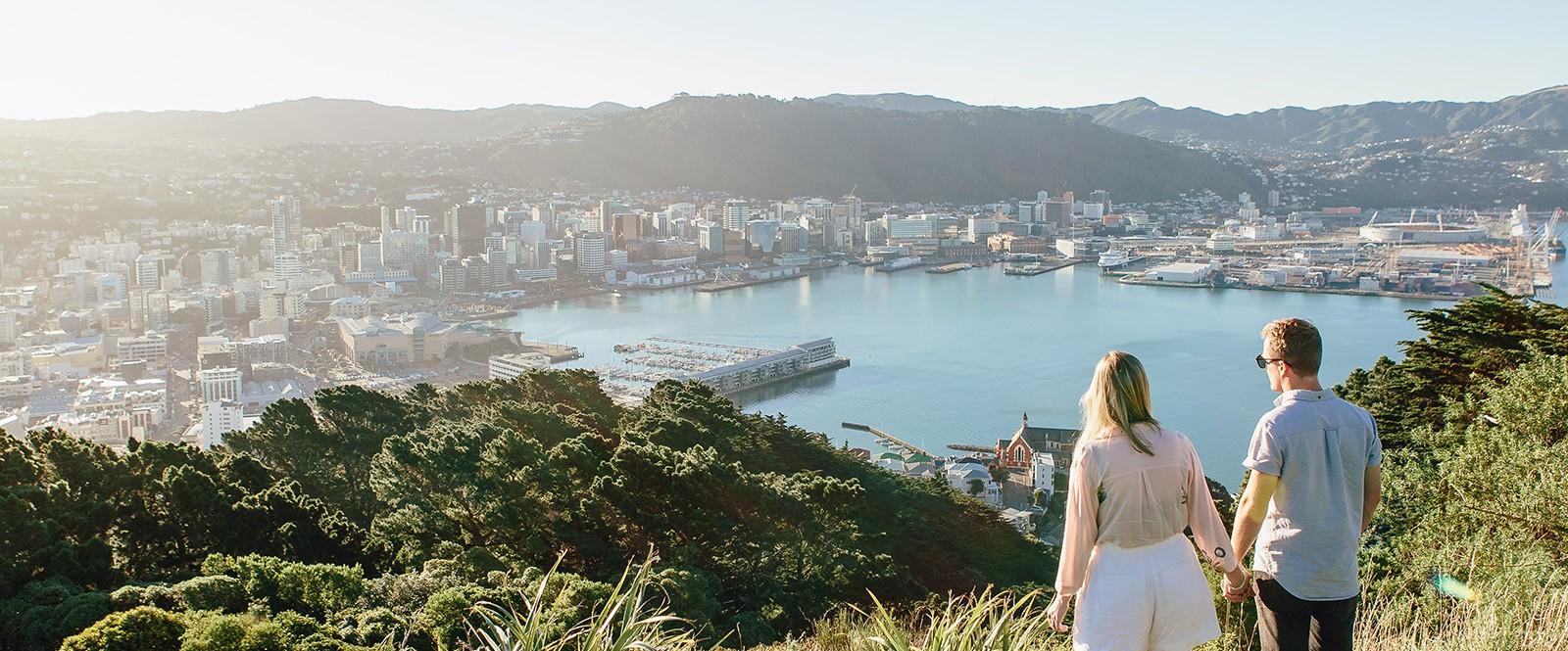 Welington Travel New Zealand and Discover the Kiwi Land