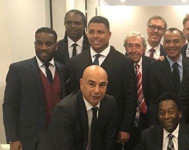 Football legends Okocha and Kanu Nwankwo join other world football greats in new pic