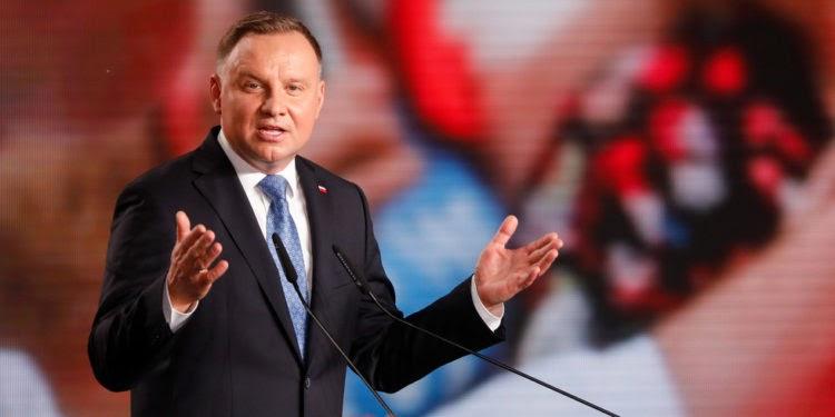 Poland, President Andrzej Duda tested positive for coronavirus - cover