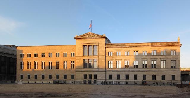 متحف برلين الجديد(Neues Museum Berlin)
