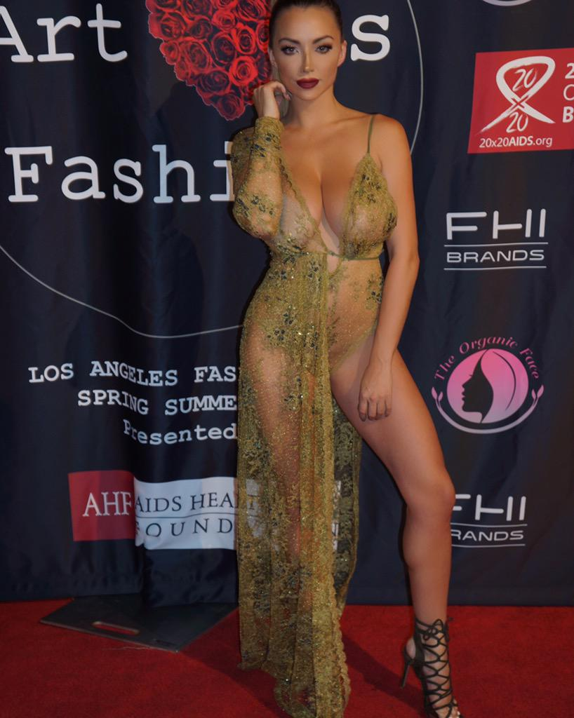 Alanna arrington nude,Shannen Doherty Tits Erotic tube Emma rose kenney walking her dog,CelebGate Allie Gonino