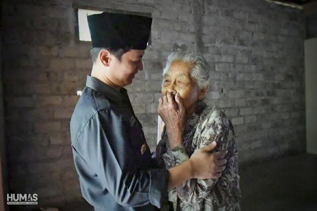 Tinjau Rumah Jaitun, Bupati Nur Arifin: Kemanunggalan TNI dan Masyarakat Memberikan Secercah Kegembiraan