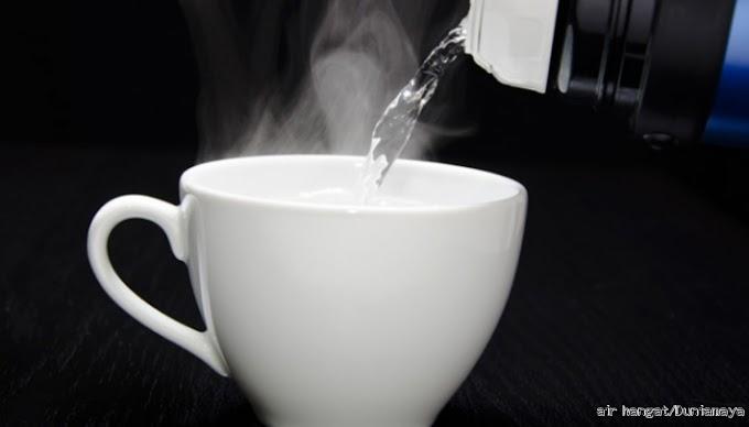 Benarkah Minum Air Hangat Baik Untuk Kesehatan?