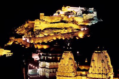 Kumbhalgarh de noche