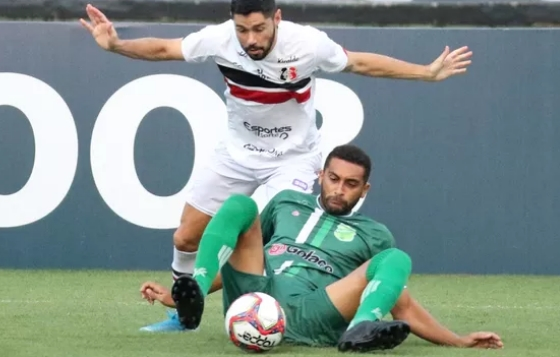 Santa Cruz e Floresta empatam sem gols pela Série C