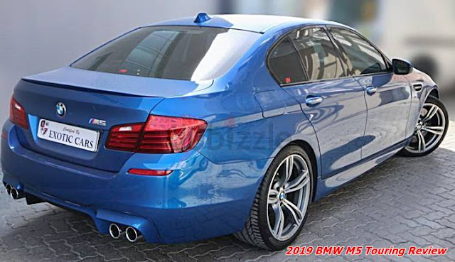 2019 BMW M5 Touring Review