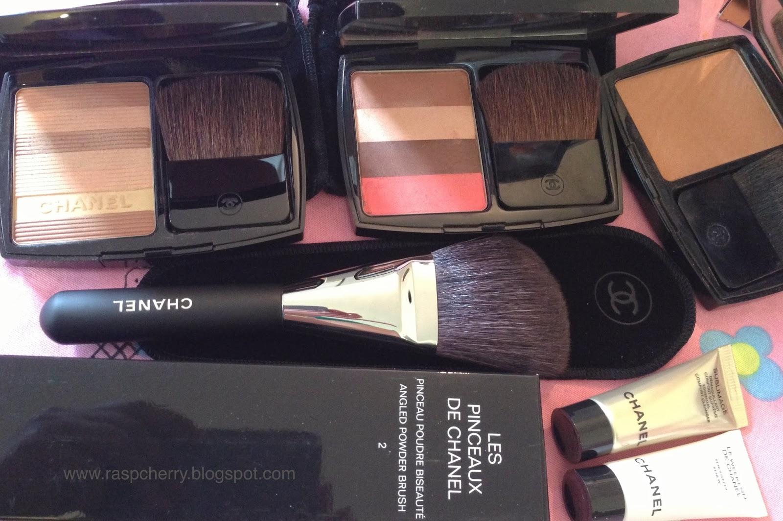 d0786b8583 A beauty blog from Raspcherry.....: New in:- Les pinceau de Chanel ...