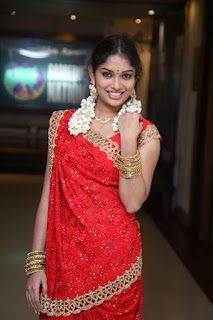 Actress Shree Ja Launches My Grand Wedding Mobile App  0011.jpg