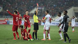 Thẻ đỏ UAE