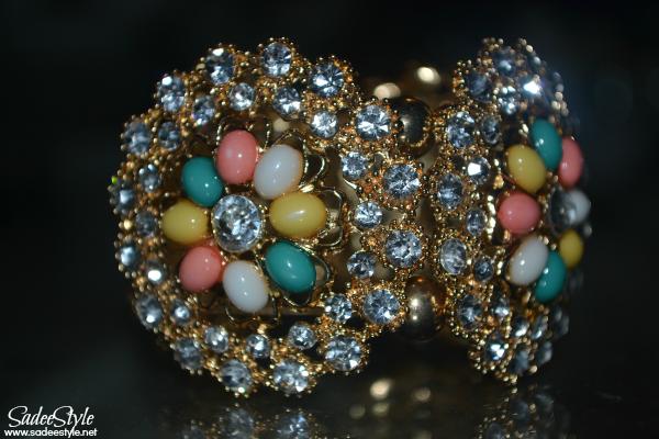 Big Engraved Flower Diamond Bracelet