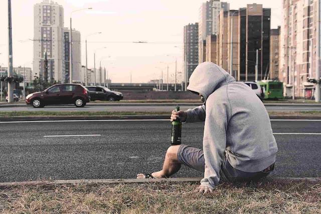 Figure 1. El vicio no es felicidad - sybcodex.com