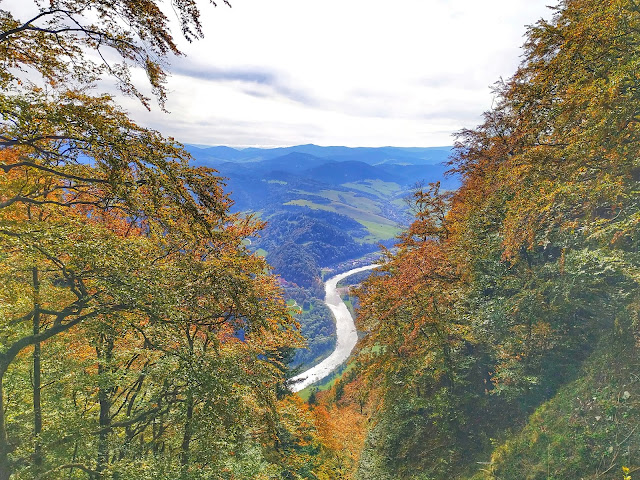 widok na Dunajec ze szczytu Trzech Koron