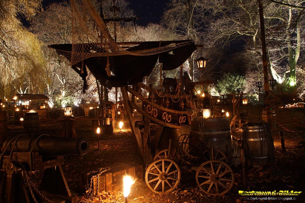 Mittelalterlicher Weihnachtsmarkt.Dortmund Bilder Phantastischer Mittelalterlicher Lichter