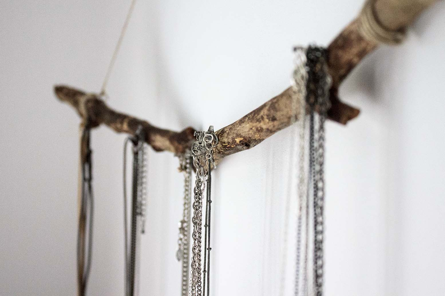 necklaces display diy