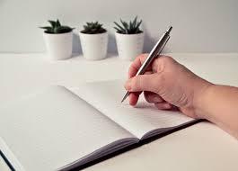 Profesi Menulis Tidak Ada Kata Pensiun