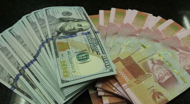 penukaran uang asing