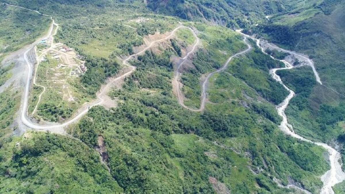 pemandangan jalan Trans Papua