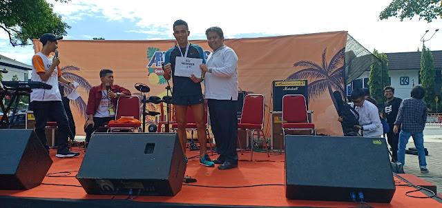 Atlet Lari Yonif Mekanis Raider 411 Kostrad Juara I  Artefak Run 5 K