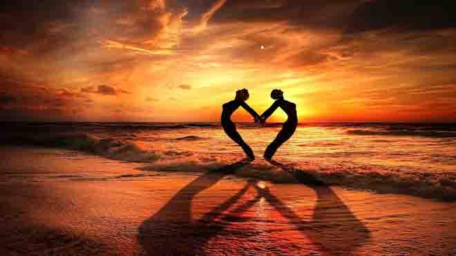 प्रेम आखिर है क्या, और हमारे जीवन में प्रेम का क्या महत्व है ?