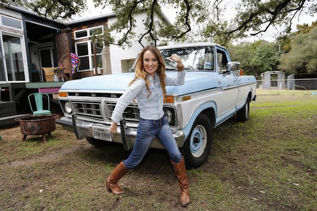Ford Ranger White 2017 >> Car Girl: Kim Lewis
