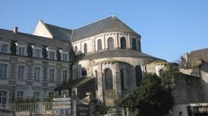 rear of the church of Notre-Dame in Beaugency