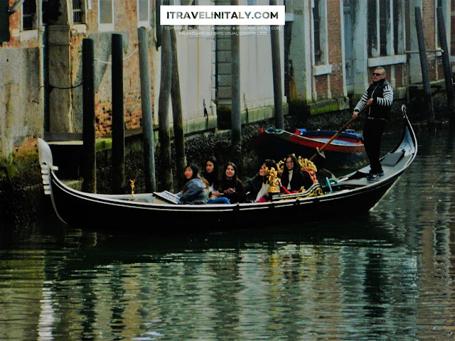 The symbol of Venice La Gondola @venice Copyright All rights reserved © By itravelinitaly.com travelers from Italy Photo OnGoogleMaps by Baldassarri Giuseppe Visual Storytelling.