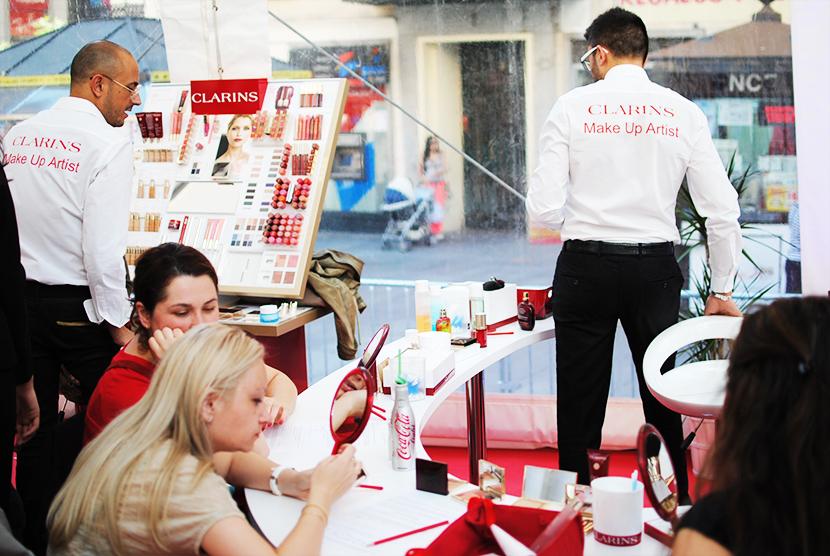 Cosmopolitan shopping week Madrid, SNB BLOG, Nery Hdez,Carpa Callado ,Taller de maquillaje, Clarins